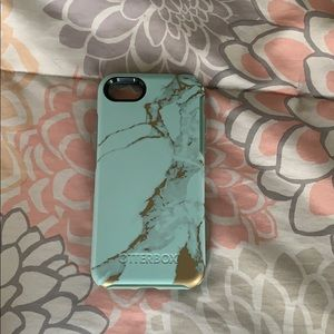 Otter box IPhone 7/8